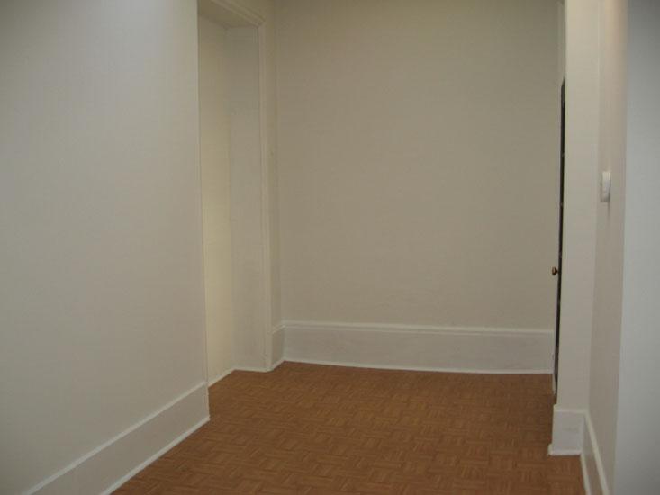 814-North-Broad---D-Bedroom